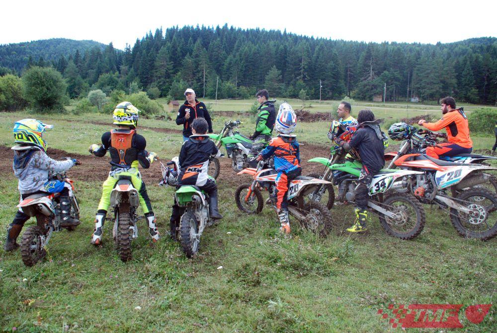 Motokros Eğitim Kampı Azday'da Yapıldı